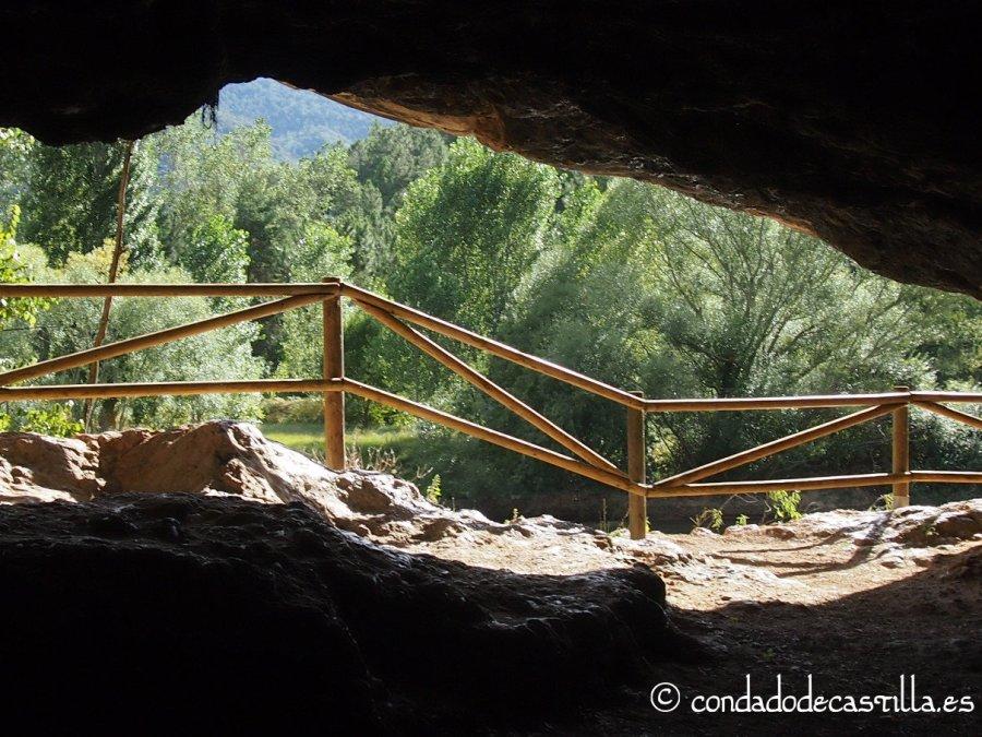 Cueva Grande de Cillaperlata