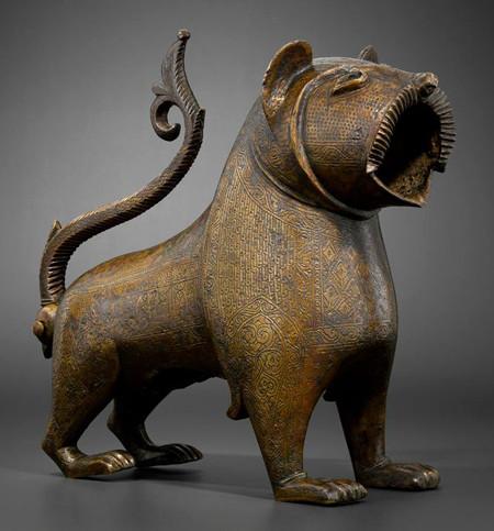 León de bronce encontrado en Monzón de Campos