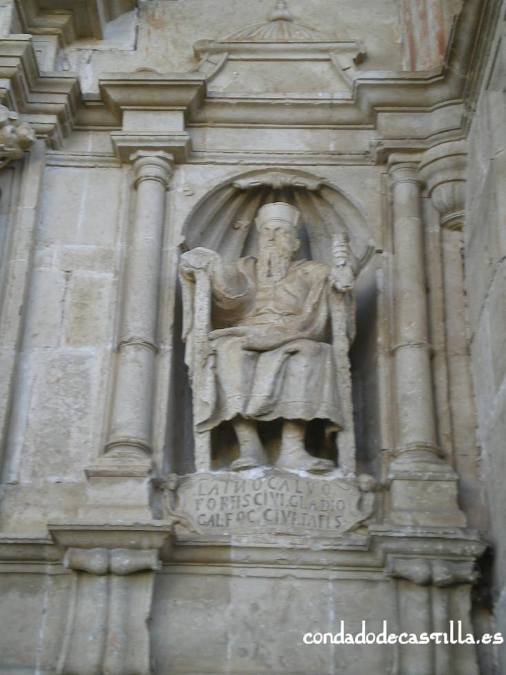 Estatua Laín Calvo en Bisjueces