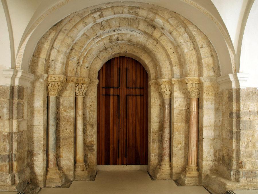 Portada románica de San Zoilo de Carrión