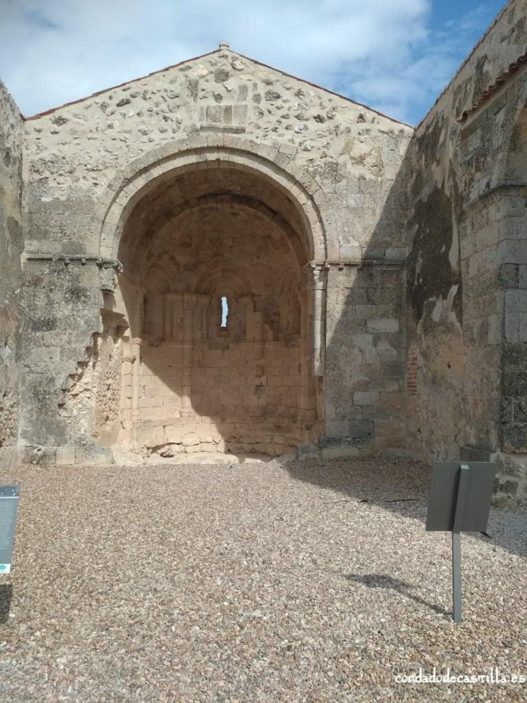 Interior de San Miguel de Sacramenia