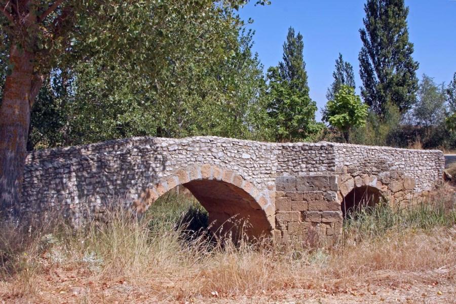 Puente sobre el Valderaduey en Sahagún (León)