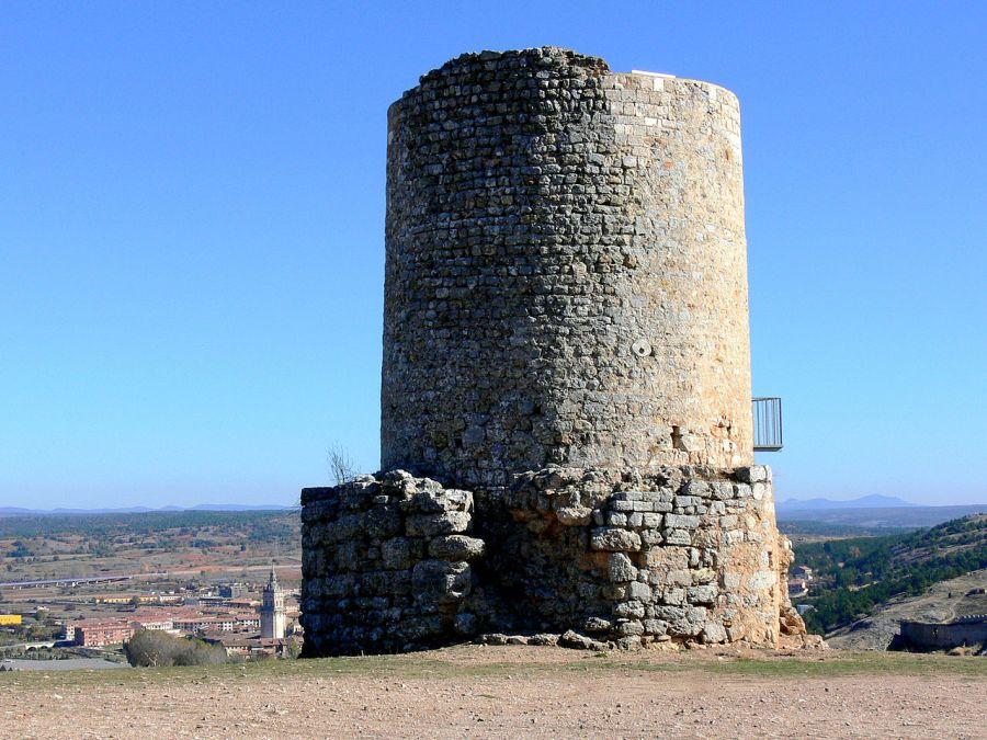 Atalaya de Uxama, Osma