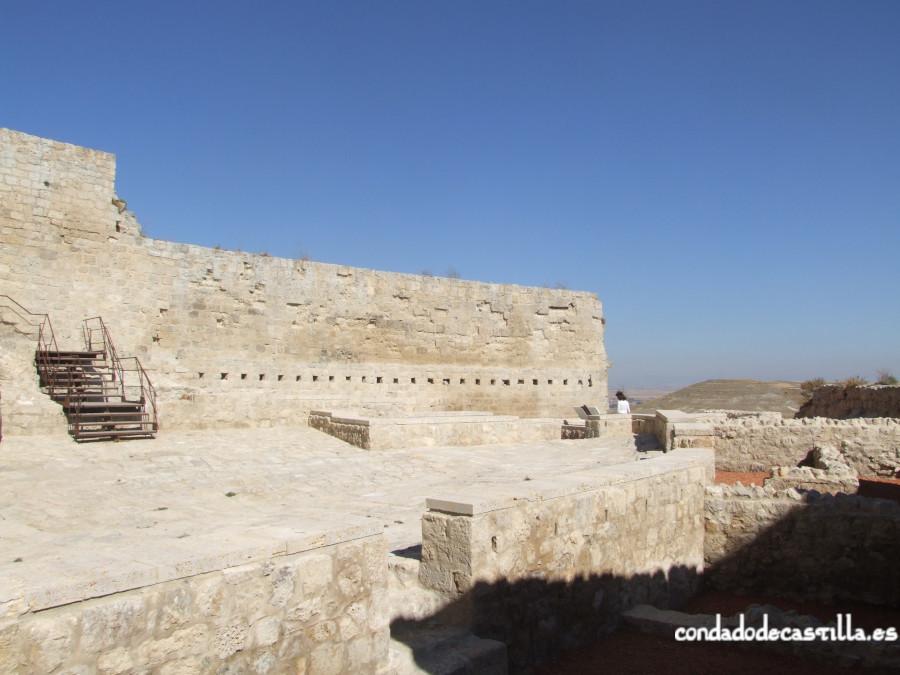 Patio de armas del castillo de Castrojeriz