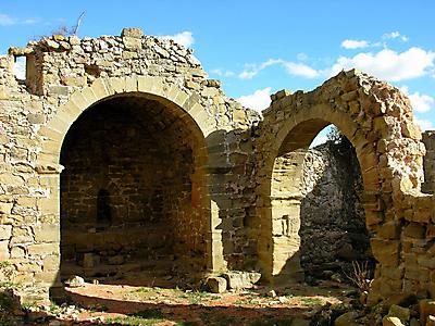 Interior de la ermita de Santa María de Barrio en Cellorigo
