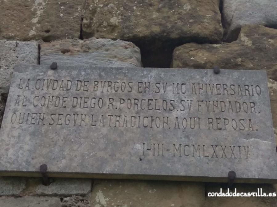 Placa conmemorativa en honor a Diego Porcelos en San Félix de Oca