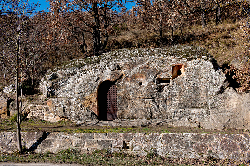 Ermita rupestre de Cadalso