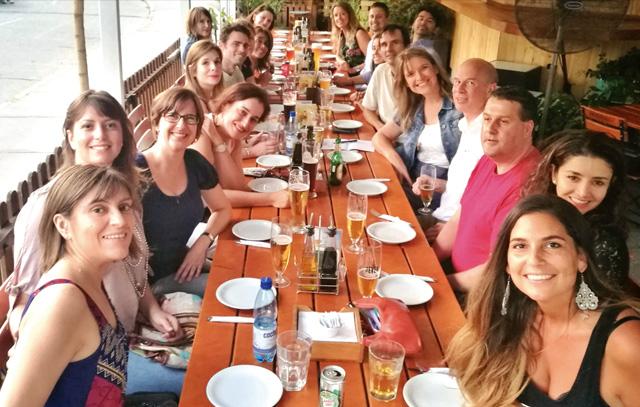 Lockere Runde auf Spanisch und Deutsche: das Stammtischtreffen von «InterNations» in Santiago de Chile.