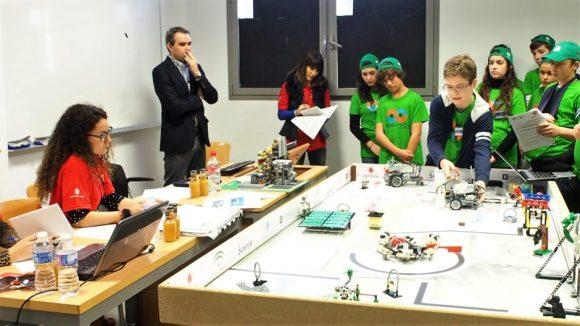 El equipo de robótica de SEK Alborán, aSEKmov, en la FLL Almería