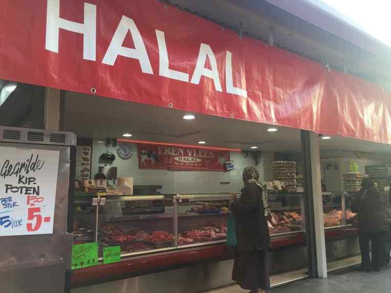 De Haagse Markt - Den Haag - Belanda. Penjual daging halal