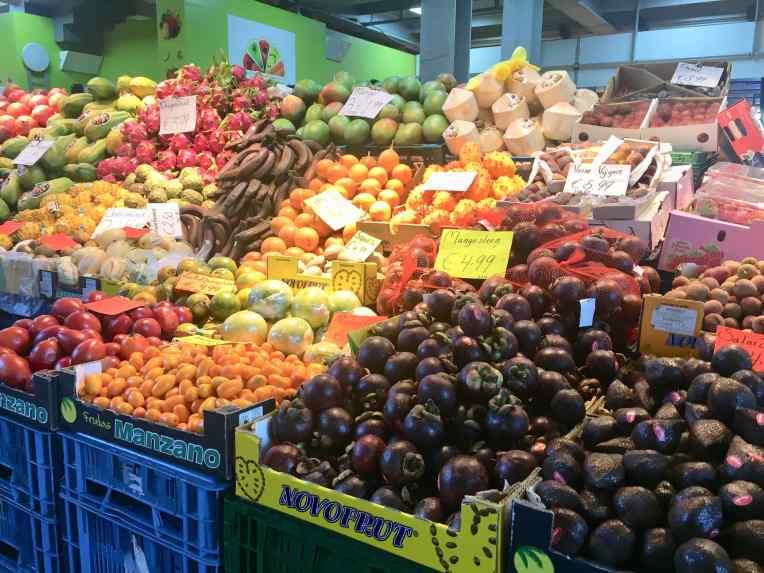 Buah-buah tropis yang aduhai mahal harganya