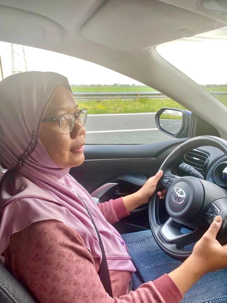 Pertama kali menyetir di Belanda setelah punya SIM