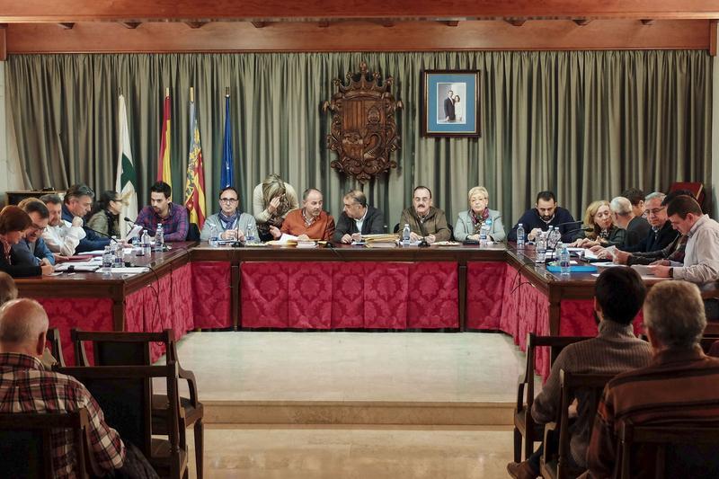 Aprobada la moción del PSPV-PSOE para inyectar 250.000€ en bonos al comercio local