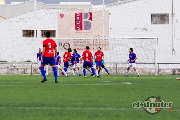 Un gol de Mario Pedrós le dio la victoria al Canals B ante el Fenollet