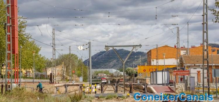 Una maleta sospitosa obliga a desallotjar un tren i l'estació de l'Alcúdia de Crespins