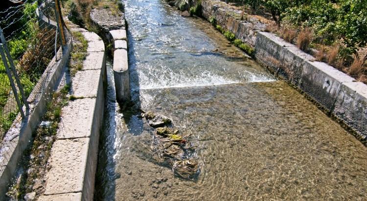 En Canals se presentará una propuesta no de ley para proteger el patrimonio hídrico.