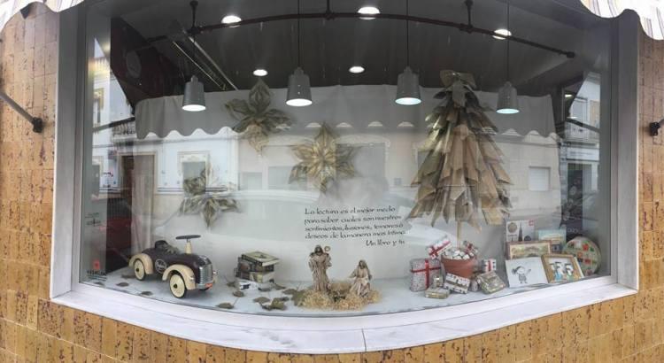 35 comerços participen al II Concurs d'Aparadors de Nadal de Canals