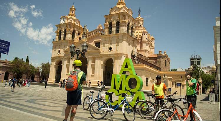 Pedaleando por la ciudad con BeGreen Bike