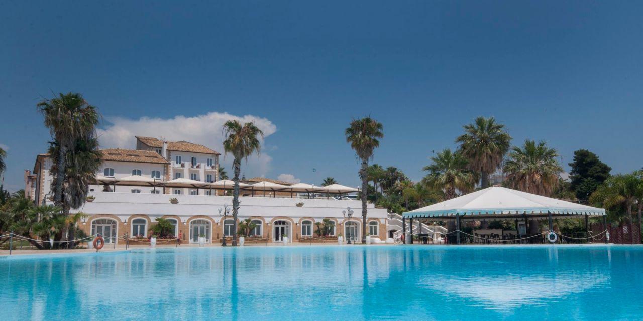 Hotel Kaos pronto alla nuova stagione turistica