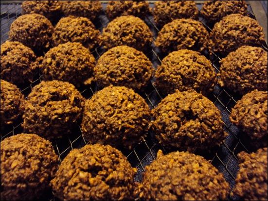 Semi-Raw Chocolate Macaroons