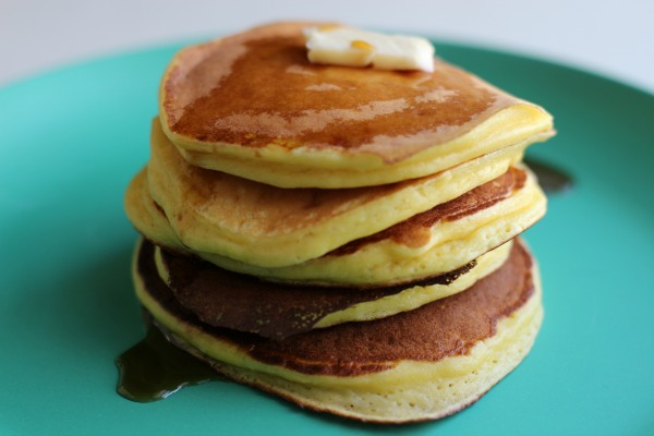 These ricotta pancakes are light and fluffy, lower in carbs and higher in protein than your average pancake (and oh so delicious)