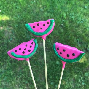 Watermelon Cookie Pops