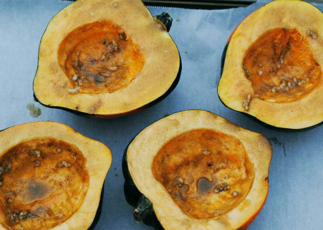Twice Baked Acorn Squash with Sausage & Apples | Confessions of a Midnight Baker