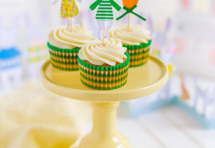 Carrot Cake Cupcakes Delicious Bakery Recipe