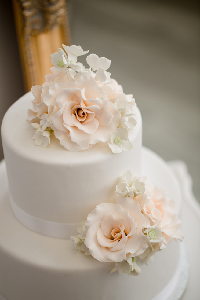 2 Tier Wedding Cakes On With 18