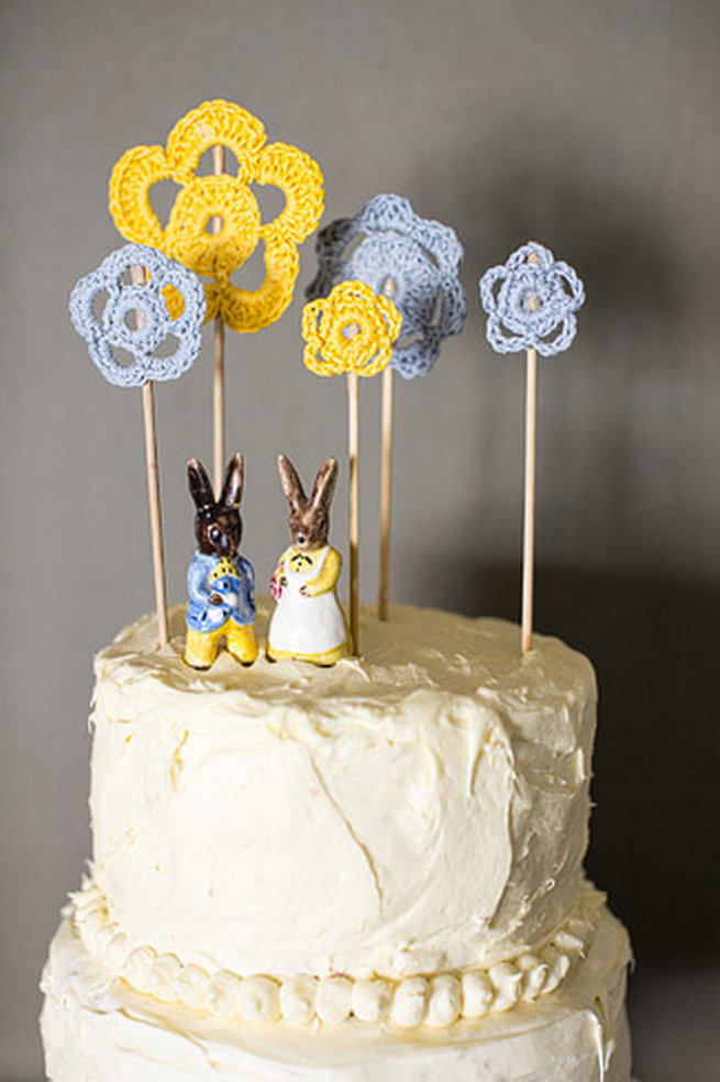 27 Of The Cutest Wedding Cake Toppers Youll Ever See