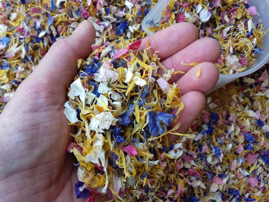 a bespoke confetti mix