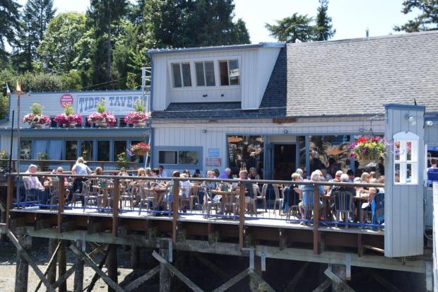 Gig Harbor Tides Tavern ConfettiTravelCafe