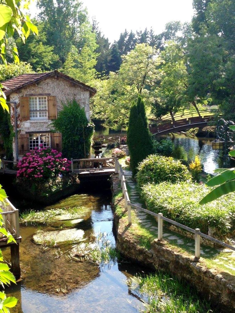 Le Moulin du Roc : Luxury Fairytale Hotel