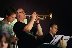 Die conFUSION Big Band live im Café Sternchance.