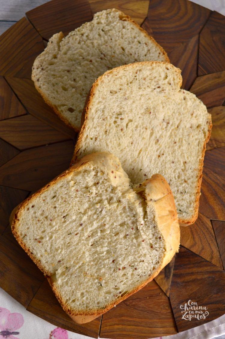 Pan de Mostaza en Panificadora