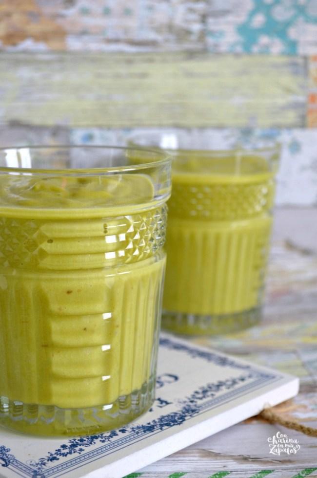 Smoothie de Aguacate y Mango | CON HARINA EN MIS ZAPATOS
