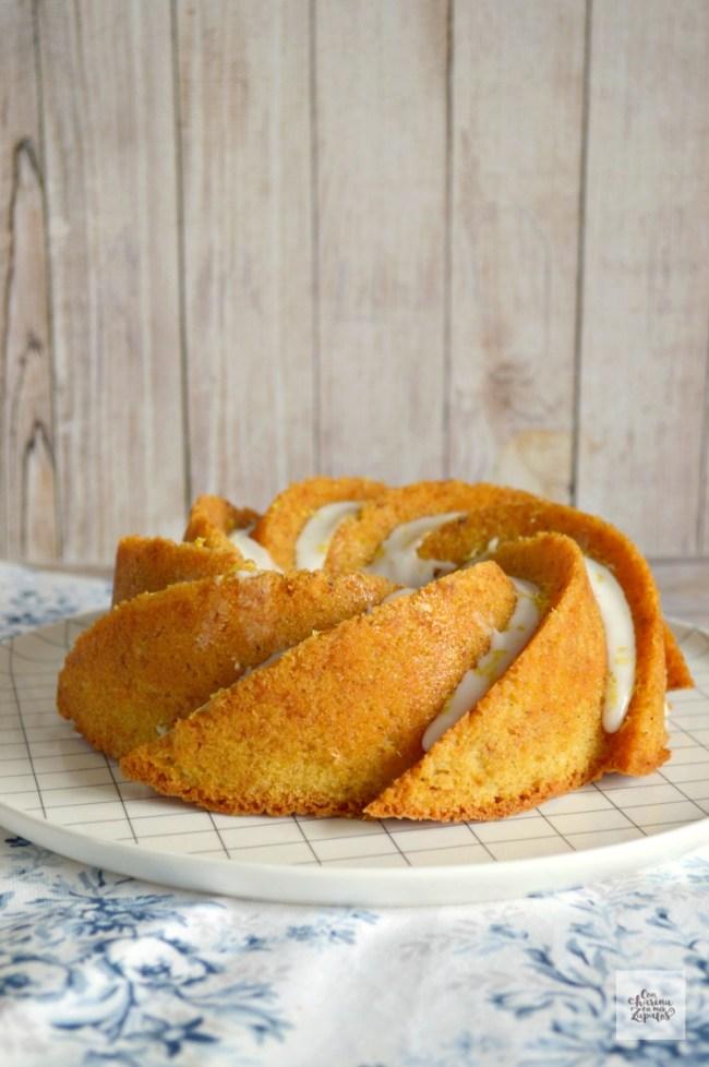 Bundt Cake de Limón y Cardamomo   CON HARINA EN MIS ZAPATOS