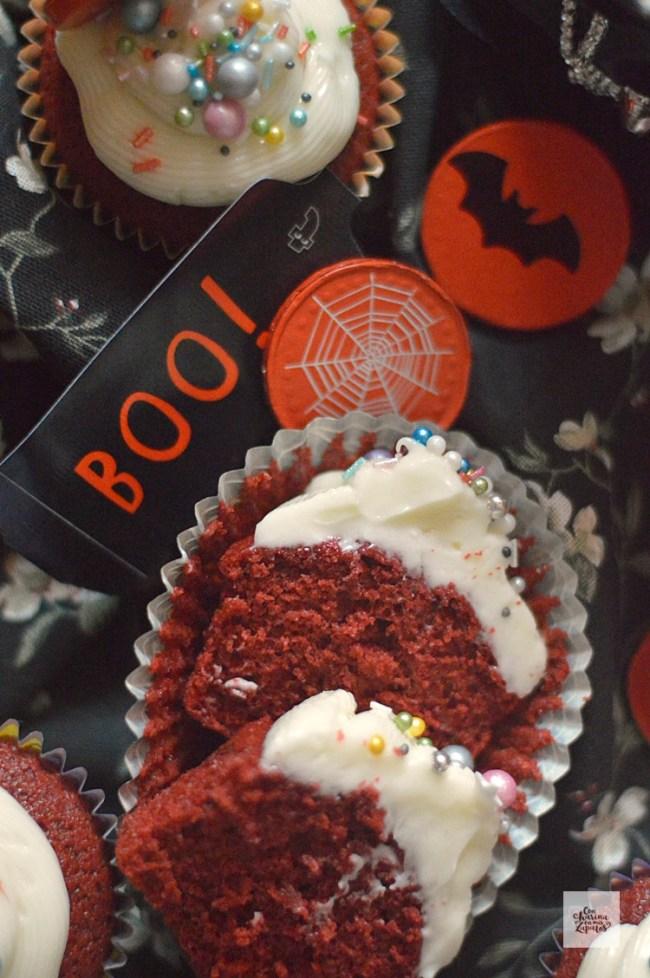 Red Velvet Cupcakes | CON HARINA EN MIS ZAPATOS