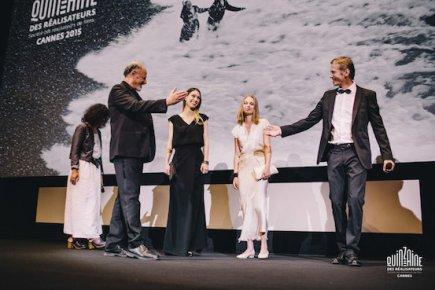 L'équipe de film Peace tu Us in Our Dream, à la présentation du film au Théâtre Croisette - Quinzaine des Réalisateurs
