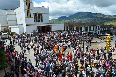 DespedidaÉdison Torres León. Foto Julián Ramírez
