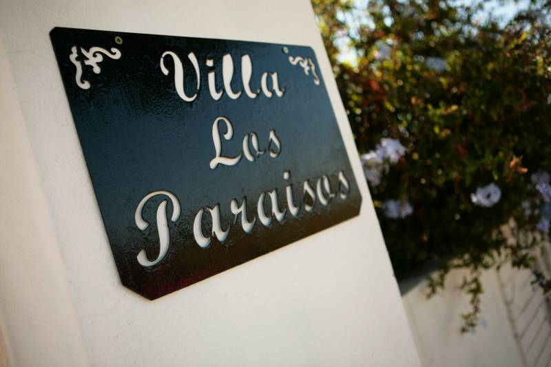 Villa Los Paraisos Bed & Breakfast