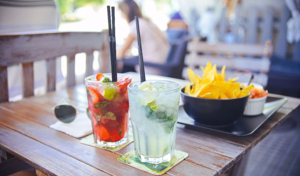 Fun And Healthy Alternatives To Alcohol And Drinks