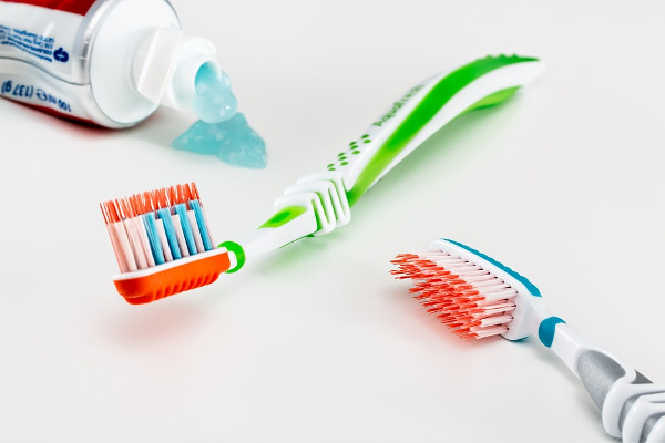 toothbrush toothpaste teeth tooth decay