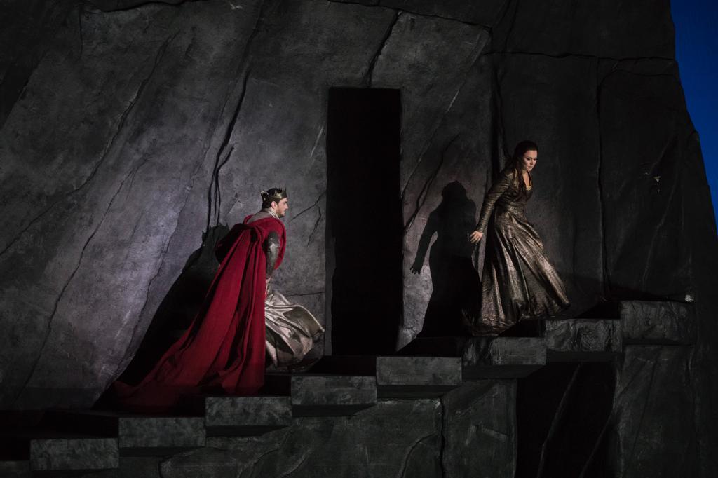 Dalle prove di Favorite all'Opera di Firenze