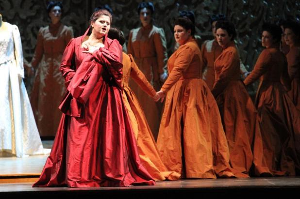 Ernani, Teatro Ponchielli di Cremona (2012). Photo credit: Raffaele Rastelli