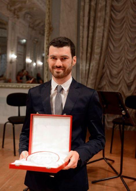 Vittorio Montalti riceve il Premio Una vita nella musica, Venezia, Teatro La Fenice 2016 - Photo credit: Michele Crosera