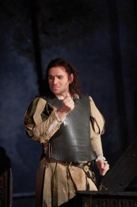 Michael Fabiano nel Rigoletto alla Royal Opera House di Londra - Photo credit: Mark Douet