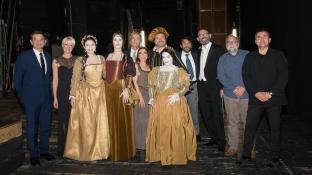 Il Maestro Certa con il cast de Le nozze di Leonardo al Teatro Verdi di Trieste