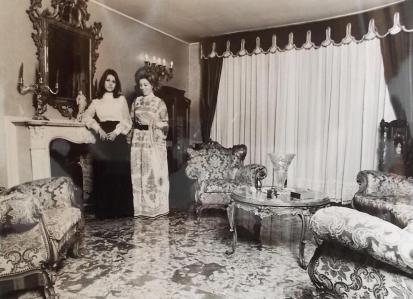 Mirella Freni con la figlia Micaela Magiera - Collezione Micaela Magiera