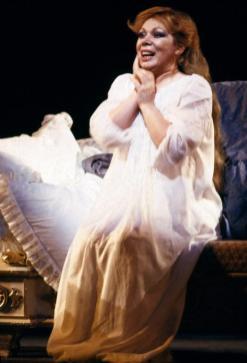 Mirella Freni è Tatjana nell'Evgenij Onegin al Teatro alla Scala